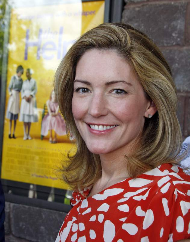 the help by katherine stockett analysis About the help the #1 new york kathryn stockett was born and raised in jackson, mississippi after graduating from the university of alabama with a degree in.