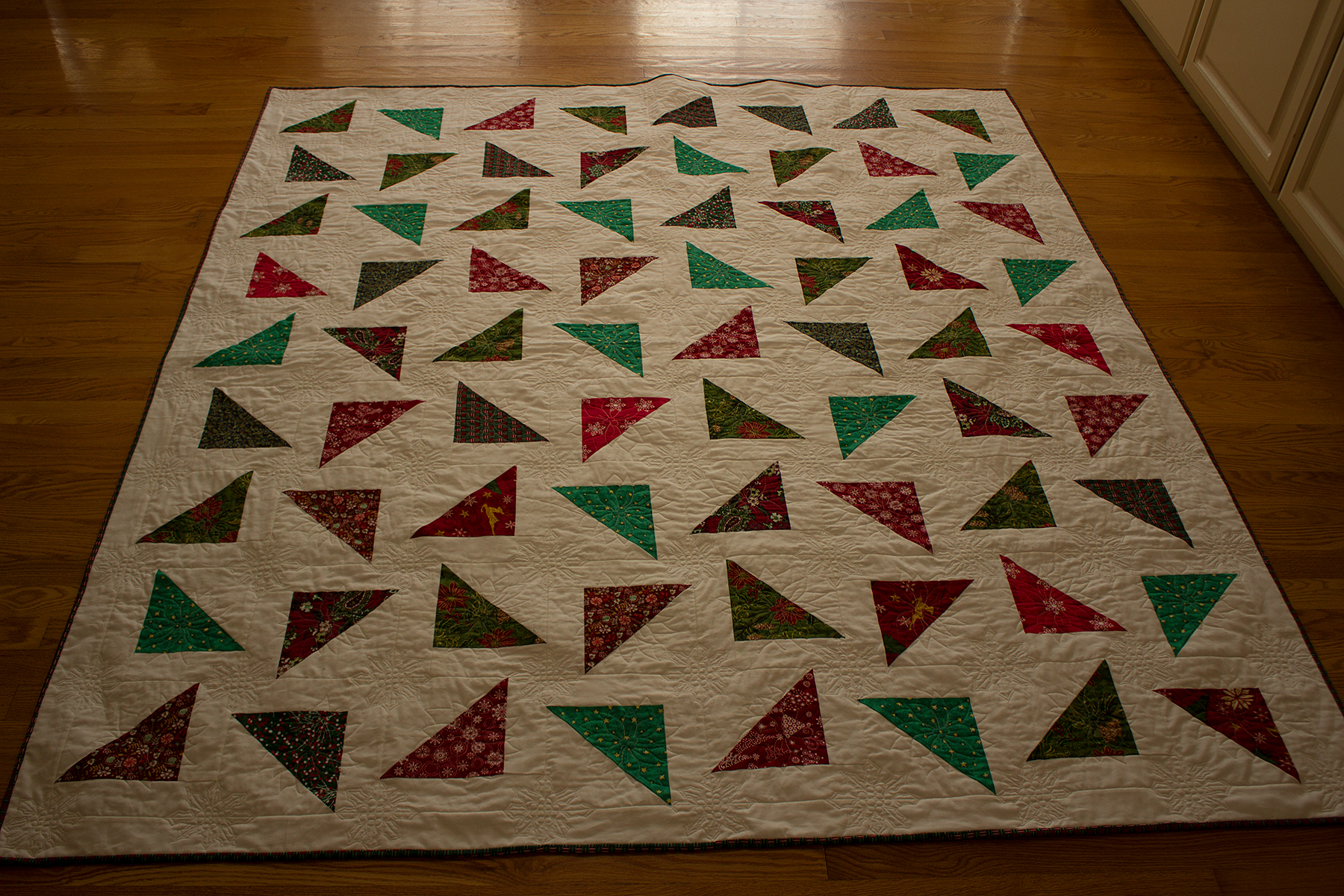 First saw jenny doan s the falling triangles quilt easy quilting